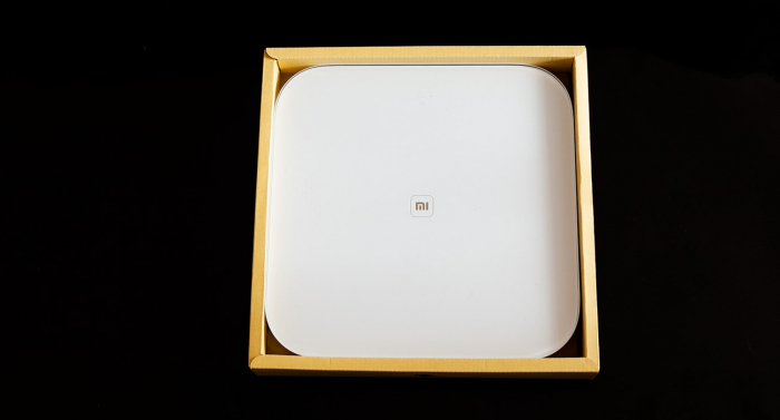 Xiaomi Mi Smart Scale обзор весов