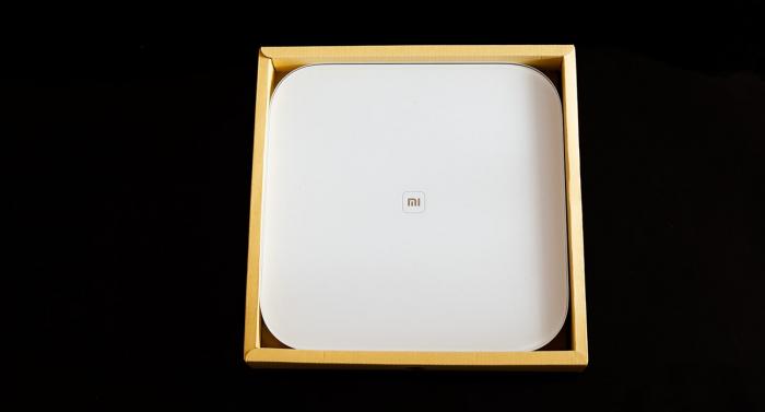 Весы Xiaomi Mi Smart Scale: внешний вид и нюансы работы
