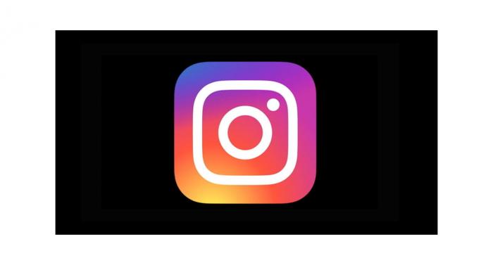Приложение Instagram получило режим Dark Mode