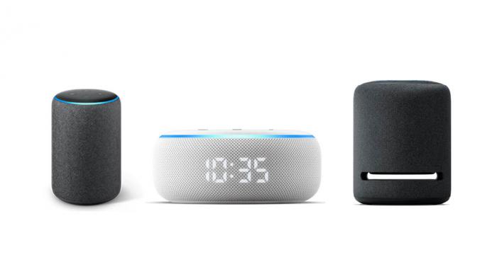Компания Amazon представила три колонки: обновленную модель Еcho новую Echo Dot c дисплеем и Echo Studio